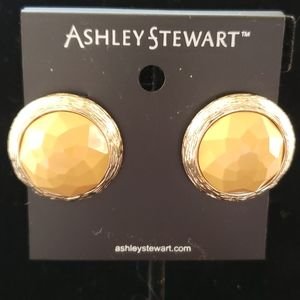 NWT Dark yellow earrings